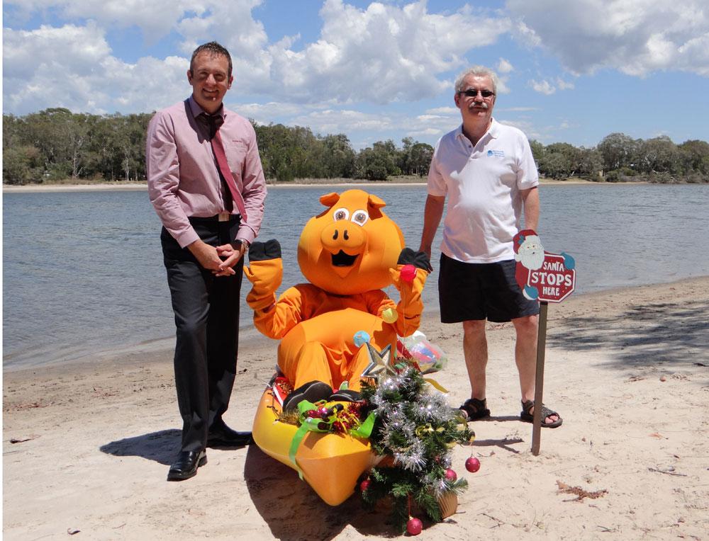 BB Branch manager Troy McDonald, mascot Piggy and Tony Moorhead